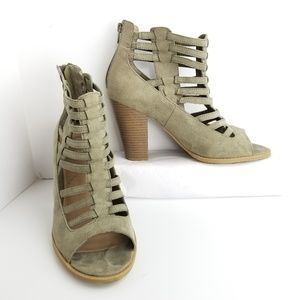 G by Guess Zip Up Ankle Booties Size 10 M Chunky